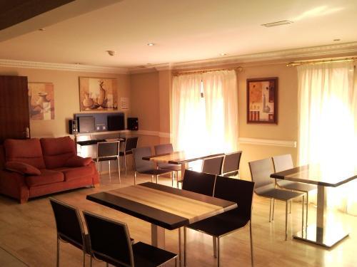Recepción Hotel Avenida Leganés